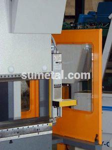 Plegadoras células de seguridad maquinaria industrial corte y deformación tarragona